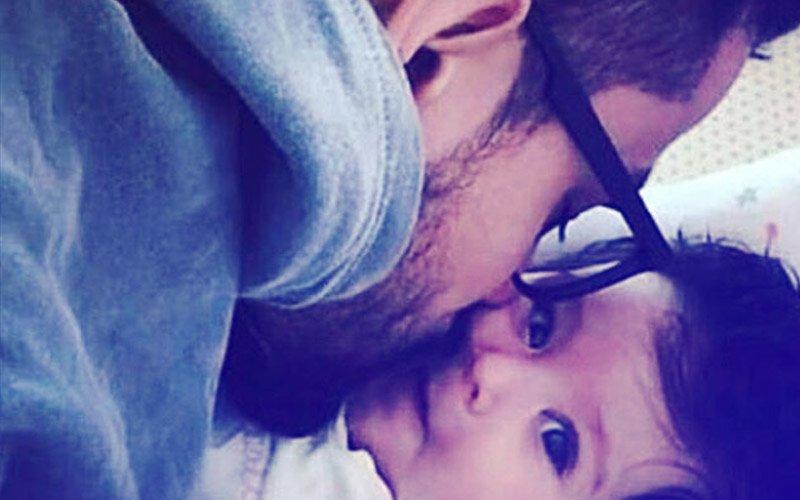 NEW PIC: Kunal Kemmu & Inaaya Are Giving Us Major #DaddyDaughter Goals