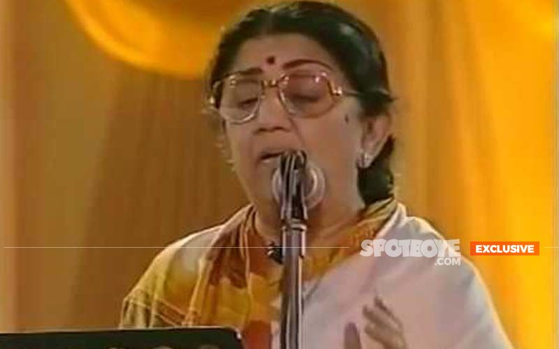 Valentine's Day 2021: Lata Mangeshkar Shares Her 5 Most Favourite Romantic Songs Which She Has Sung -EXCLUSIVE