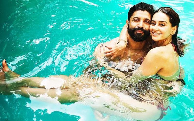 Love In The Pool: Farhan Akhtar and Shibani Dandekar Seal It