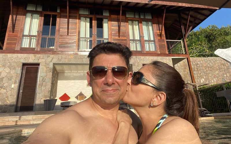 Madhuri Dixit And Hubby Shriram Nene Wishing Each Other On Their Wedding Anniversary Is Pure Gold