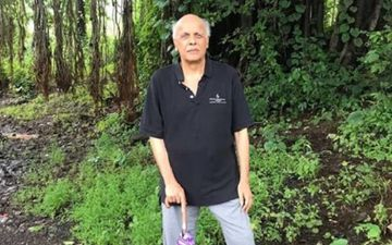 Mahesh Bhatt Shares His Definition Of 'Free Society'; Netizens Hit Back With A Definition Of 'Free Cinema Where Outsiders Are Safe'