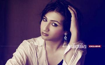टीवी स्टार माहिका शर्मा के साथ हुई छेड़छाड़, कहा- मंदिर नहीं बार में जाओ