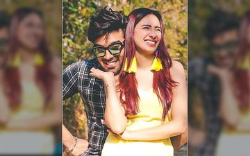 Paras Chhabra And Mahira Sharma Bag Their First Movie; Lady Says She's 'Comfortable With Paras' And Excited As Hell