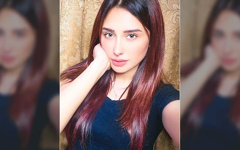 Bigg Boss 13's Mahira Sharma Raps Machayenge; Netizens Say 'Ek Number' And 'Bohot Hard' – Watch Video