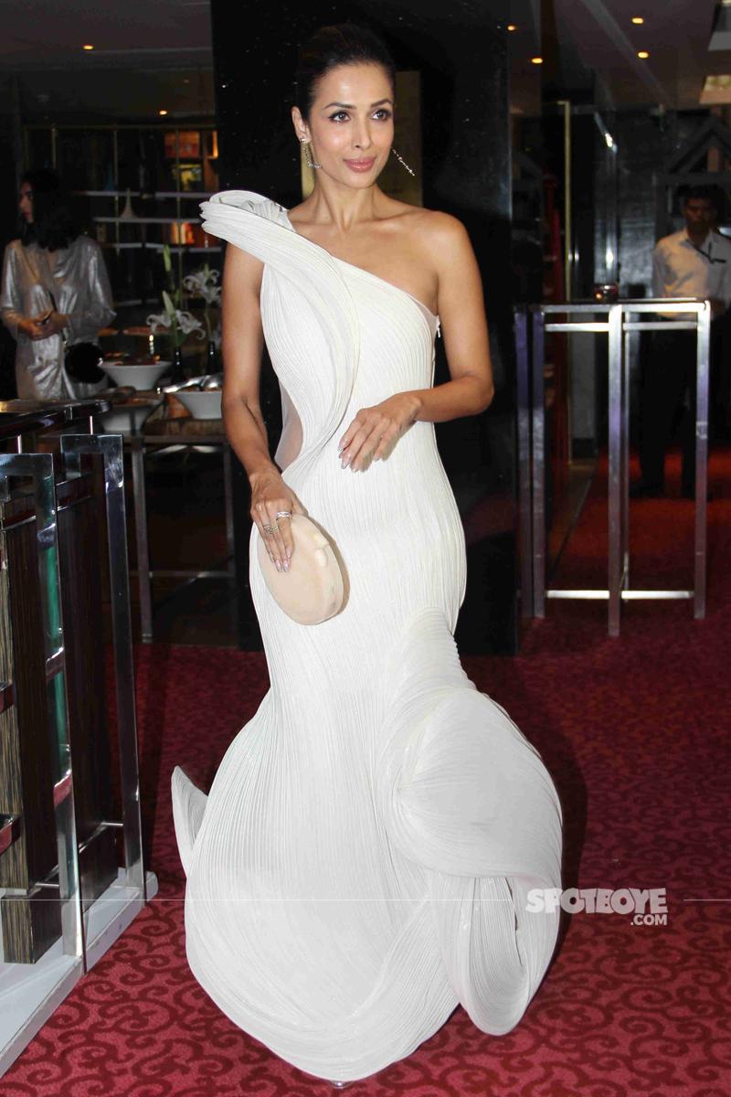 malaika arora at elle beauty awards 2017