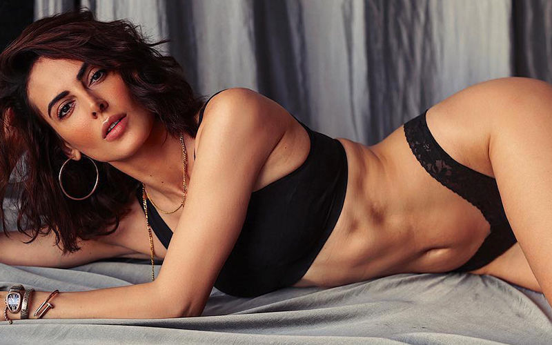 Mandana Karimi's Life Now Reaches Iran
