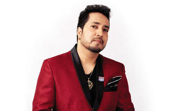 Mika Singh Apologises For His Performance In Karachi Post Article 370 Being Revoked From Jammu And Kashmir; Says It Was A Mistake