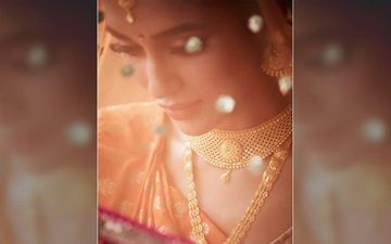 Mimi Chakraborty Is looking Dreamy Traditional Bride In Her New Picture