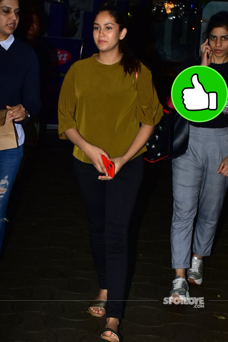 mira rajput snapped outside cafe
