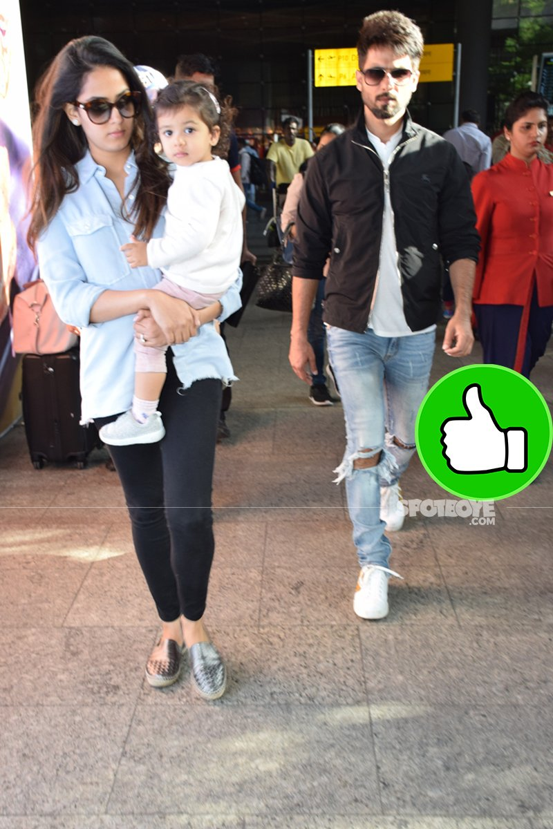 mira rajput with shahid kapoor and baby misha at the airport