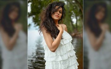 Mitali Mayekar's Revealing Hot Mini Dress Gives Away Her Smouldering Hotness