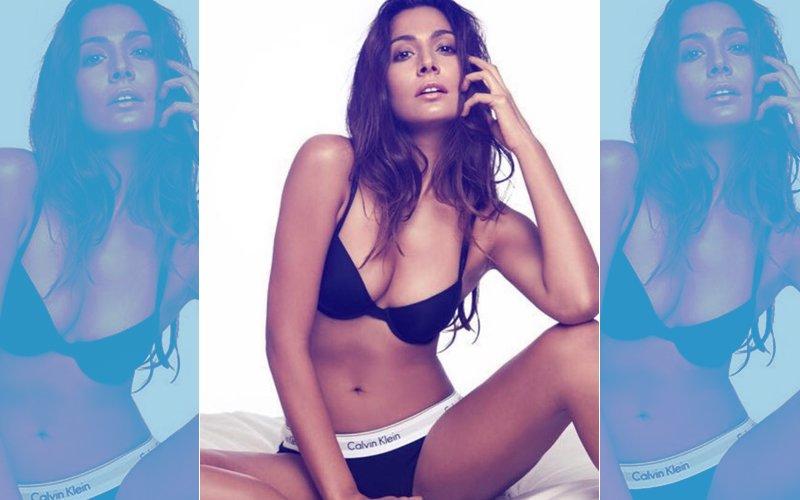 Monica Dogra's BOLD BIKINI Shoot: Singer Says She Felt SEXY & SAFE. Here's Why...