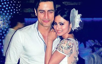 Mouni Roy Says 'Jab Pyar Kiya Toh Darna Kya'; Mohit Raina Are You Listening?