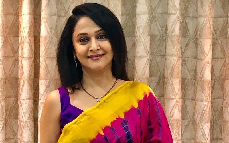 Mrunal Kulkarni Is The New Age Fit Celebrity Mom