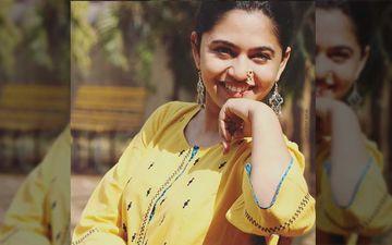 Mrunmayee Deshpande's Candid From Shoot Location Himachal