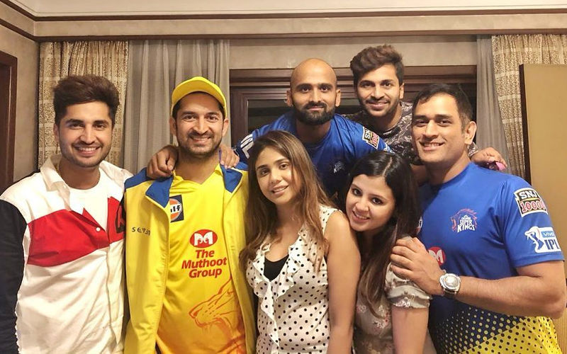 Great Fun! Jassie Gill's Rendevouz With Dhoni, CSK Lads is a Runaway Hit on Internet