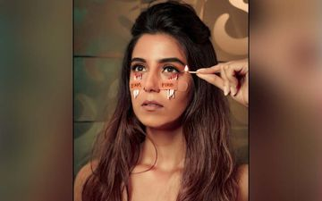Bigg Boss 12's Srishty Rode Tapes Matchsticks Under Her Eyes, Poses With Fire; Trolls Bash Up The Actress For This Stunt