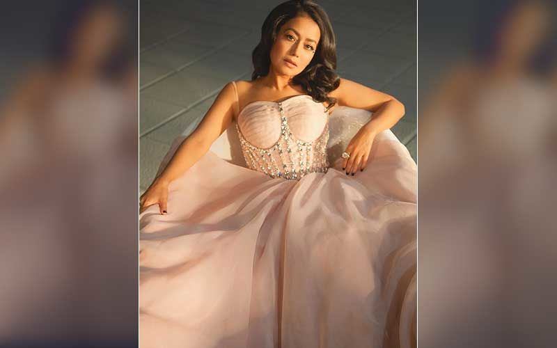 Neha Kakkar's Latest Posing In A Bathtub Pictures Are Oh-So-Dreamy; Fans Are Lovestruck