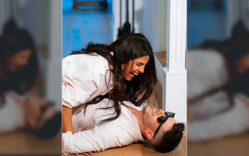 Priyanka Chopra And Nick Jonas Are All 'Over' Each Other; Nick Calls It His 'Favourite Laugh' - Pic