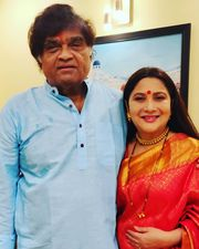 Ashok Saraf And Nivedita Saraf Give Couple Goals In Their Latest Picture