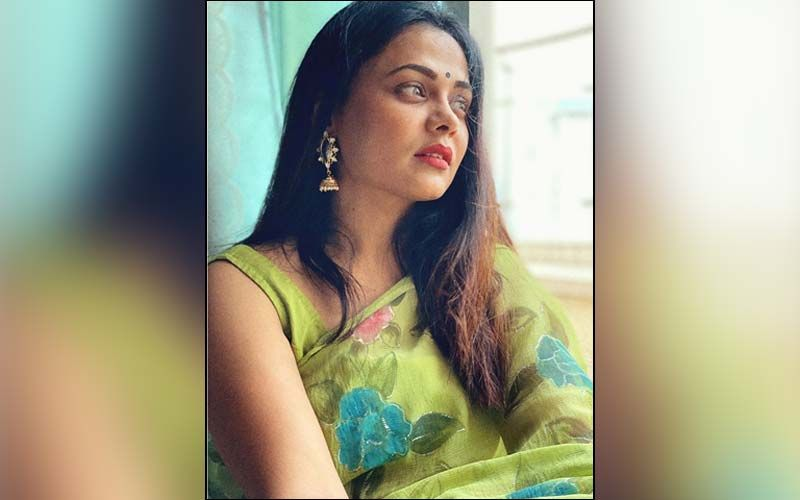 Prarthana Behere Brings Out The Colors Of Autumn In Her New Photoshoot