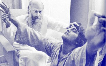 Vinod Khanna: The Monk Who Didn't Sell His Producers Even When He Embraced Osho