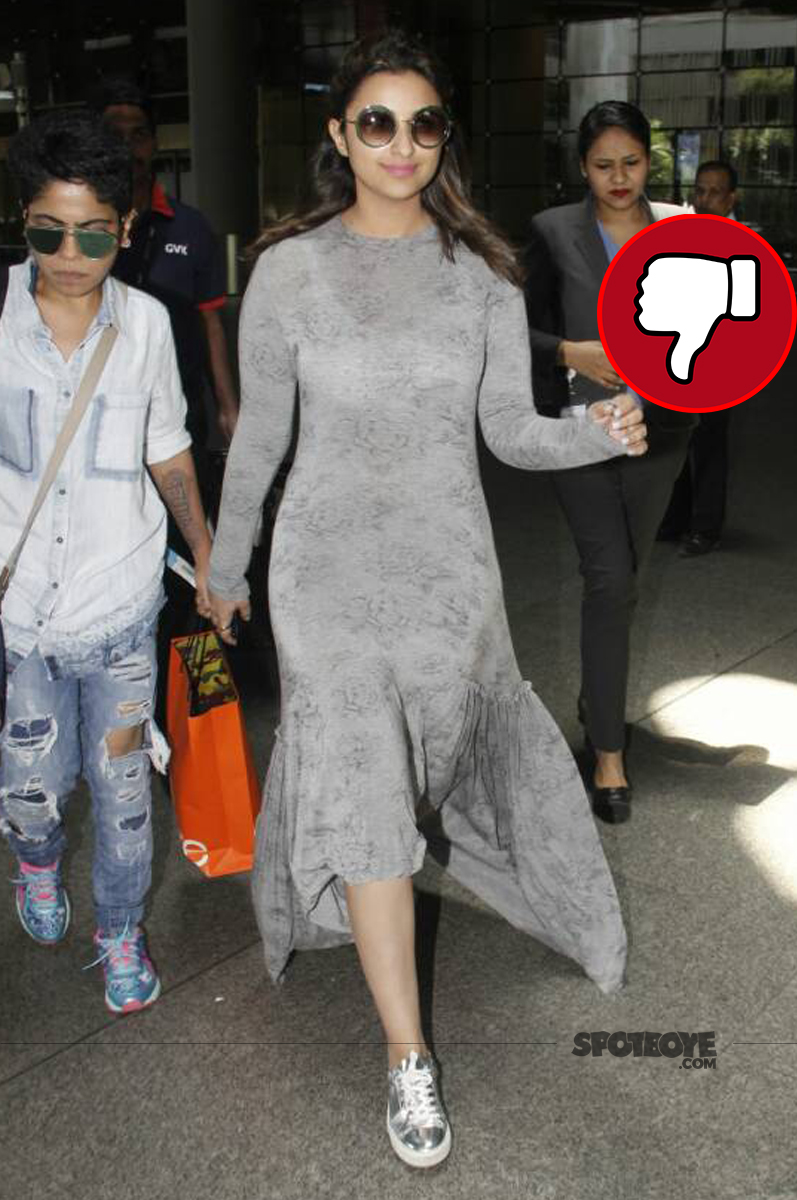 parineeti chopra snapped at airport