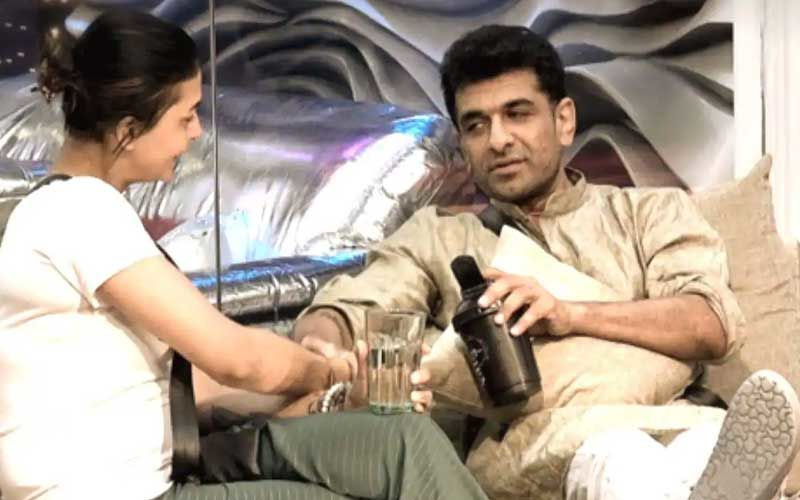 Bigg Boss 14: Pavitra Punia Slams Trolls After Eijaz Khan Confesses His Feelings For Her; Asks Them To 'Stay Away From Pavijaz'