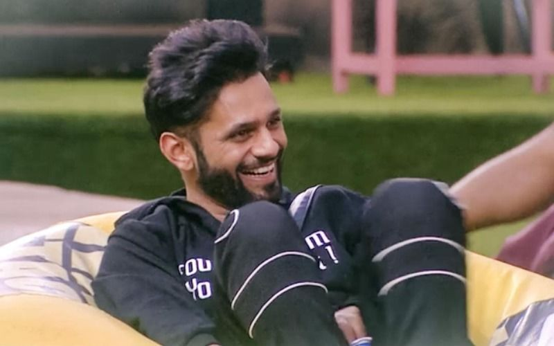 Bigg Boss 14's Rahul Vaidya Beats The Summer Heat By Chilling In The Pool; His Smoking Hot Picture Leaves Fans Awestruck
