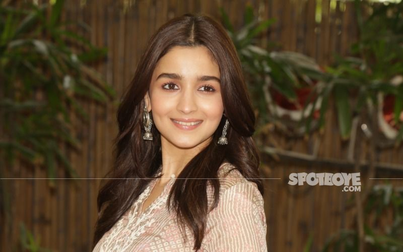 Alia Bhatt Poses Alongside A Fully Loaded Bar In A Stunning Snap From Her Birthday Bash; Thanks Fans For The 'Love And Light'
