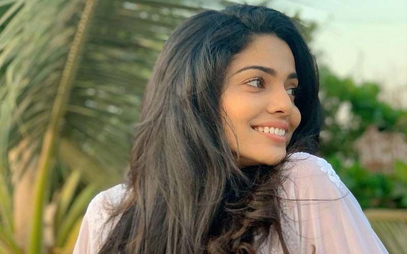 Navratri 2020: Pooja Sawant Giver Her Fans A Glimpse Of The Ghatasthapana At Her Home