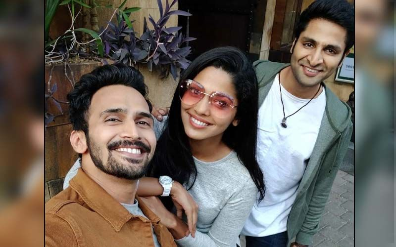 Pooja Sawant Birthday Bash: After-Party Shennanigans With Sonalee Kulkarni, Vaibhav Tatwawadi, Bhushan Pradhan And Prarthana Behere