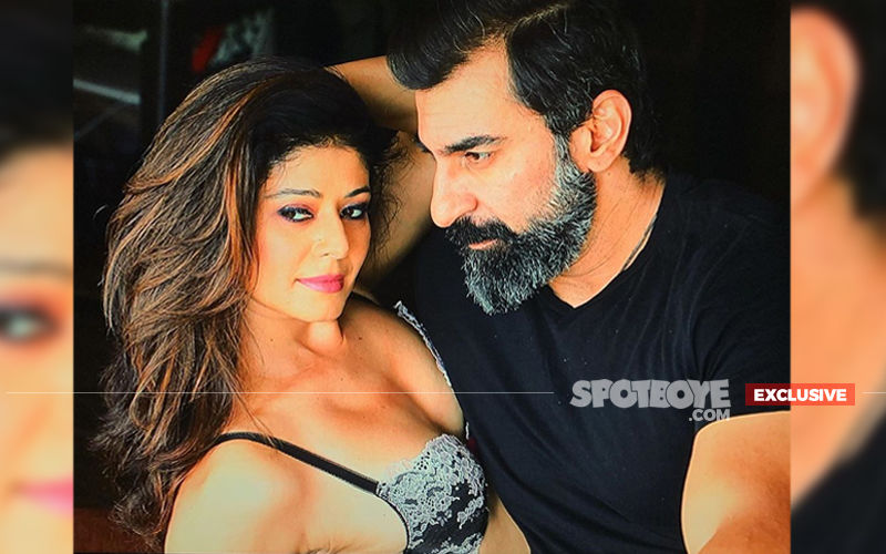 "Buzz: Pooja Batra Marries Her ""Soulmate"" Nawab Shah In Jammu And Kashmir- EXCLUSIVE"