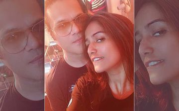 After Exchanging Rings Poonam Pandey Shares A Sexy Selfie Picture With Fiancé Sam Ahmad; Her Sultry Expression Can't Be Missed