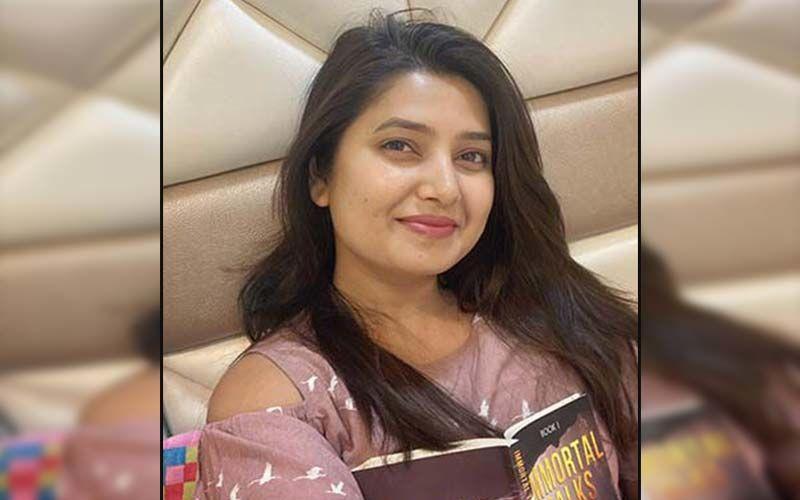 Prajakta Mali Flaunts Her Sizzling Charm On Social Media In A Glam Avatar