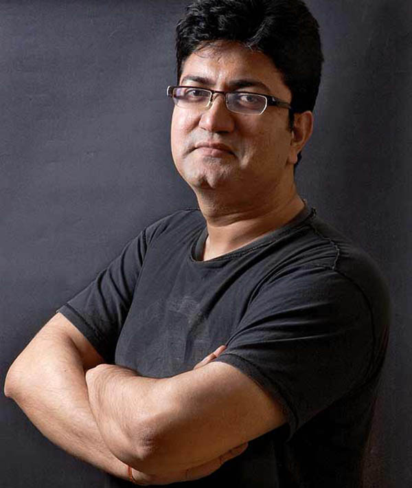 prasoon joshi is tipped to be the new cbfc chief