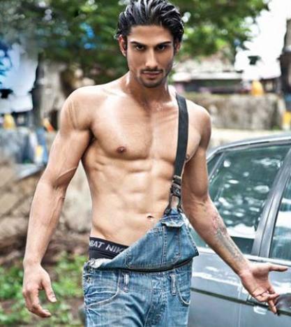 prateik babbar posing for a photoshoot