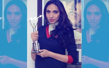 Prernaa Arora Wins Society Achievers Award For Outstanding Producer!