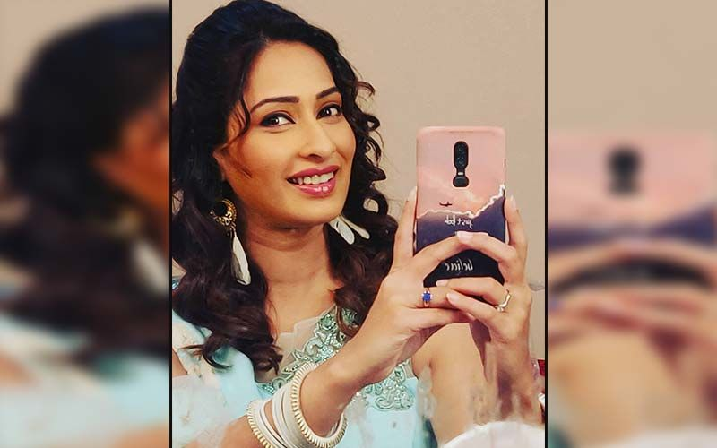 Priya Marathe Picks Up The Sword For Her Historical Character In A TV Show