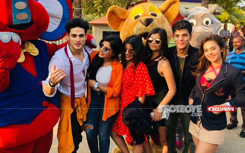 Priyank Sharma-Harshita Gaur-Siddharth Sharma-Khushi Joshi's Day Out At Imagica- Watch Their Shoutout To SpotboyE, Pictures And Videos