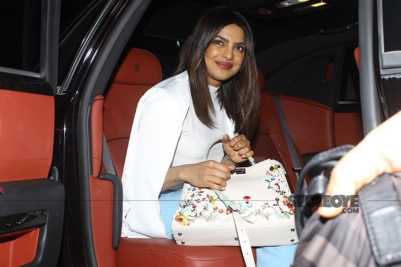 priyanka chopra is all smiles for the shutterbugs