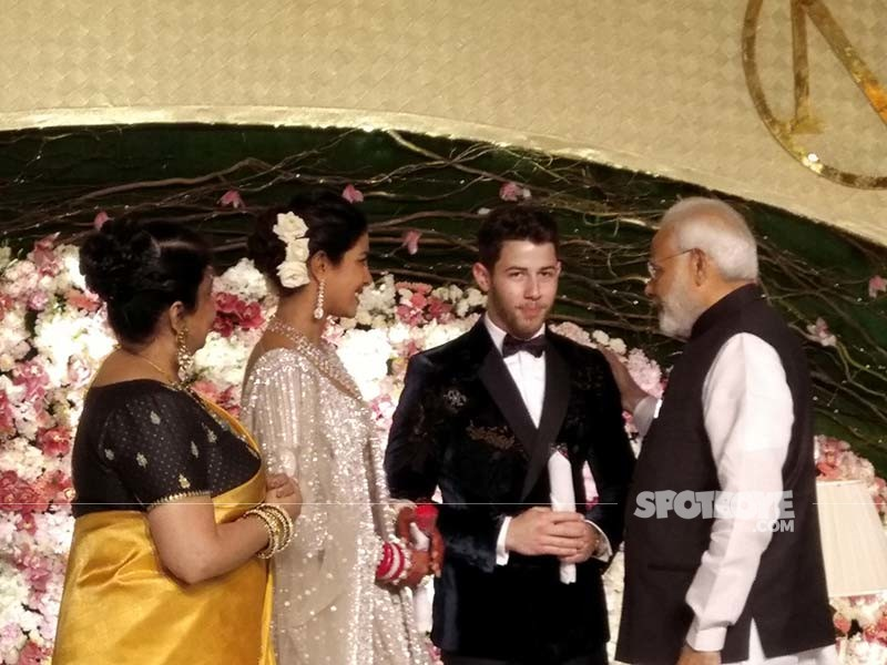 priyanka chopra nick jonas reception modi