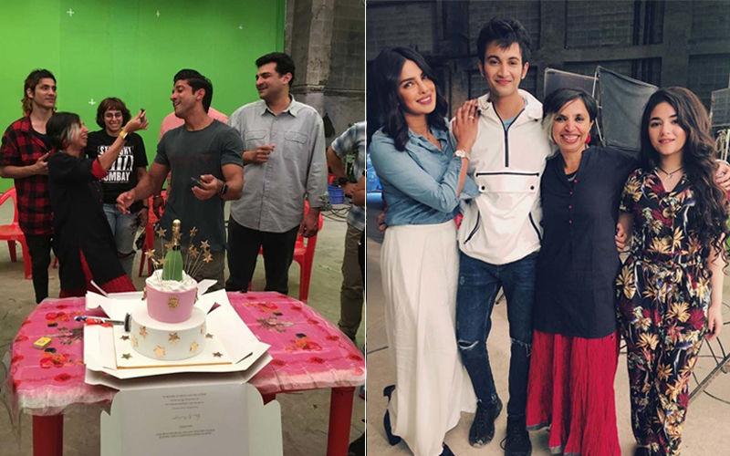 प्रियंका चोपड़ा और फरहान अख्तर की फिल्म 'स्काय इज़ पिंक' की शूटिंग हुई खत्म, ऐसे मनाया पूरी टीम ने जश्न