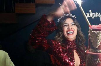 बर्थडे पार्टी में सिंधूर लगाकर पहुंची देसी गर्ल प्रियंका चोपड़ा, तस्वीर हुई वायरल