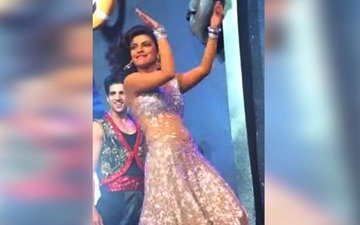 Priyanka Sets The Stage On Fire