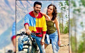 Harish Verma, Himanshi Parashar Starring Song Dil Mereya Released
