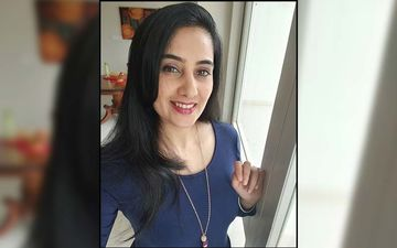 Bigg Boss Marathi Fame Actress Sai Lokur Cuts Her Own Bangs And This Is The Surprising Result