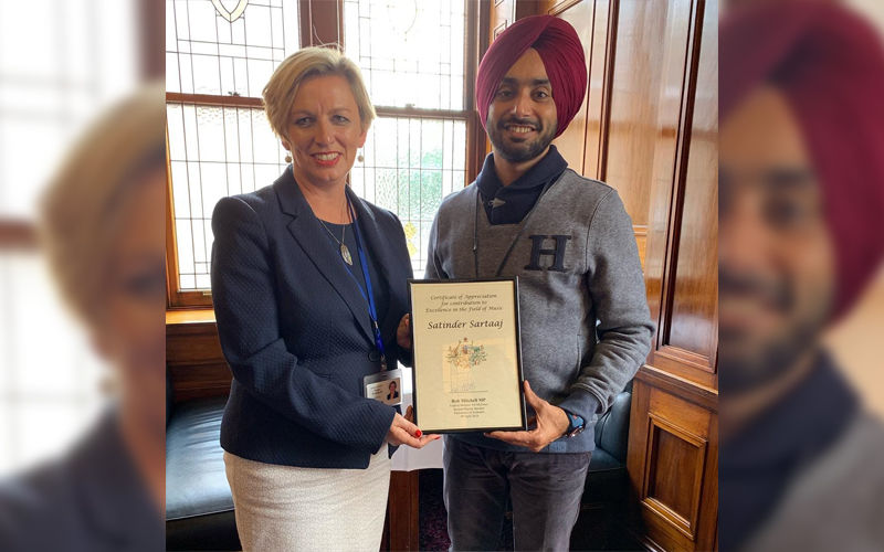 Proud Moment! Punjabi Singer Satinder Sartaaj Honoured by New Zealand Parliament For His Excellence in Music