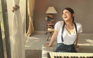 Angrezi Medium's Radhika Madan Takes To Her Piano Amidst Lockdown To Recreate The Classic 'Lag Jaa Gale' With Jasleen Royal - VIDEO