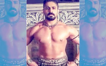 Meet An All New Rajat Tokas Aka Naag Raj Of Naagin 3